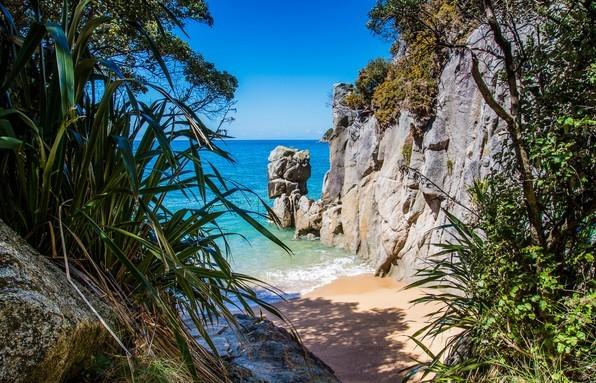 新西兰有无尽的海滩,但是这可能在全国是最小的海滩 – 亚伯塔斯曼国家公园