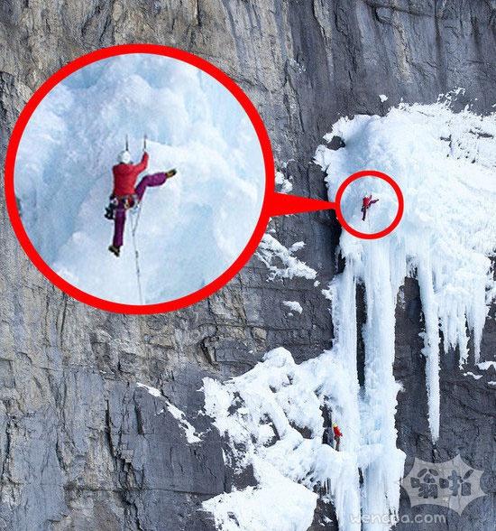惊悚!攀爬高手登山瞬间 网友称:作死节奏(图)