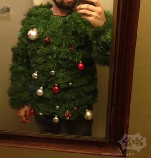 朋友俗气的圣诞毛衣
