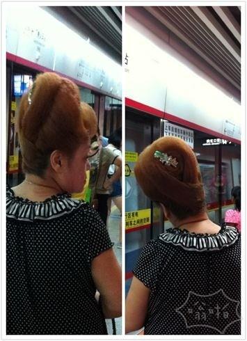 好想知道阿姨们的盘发是哪里做的。