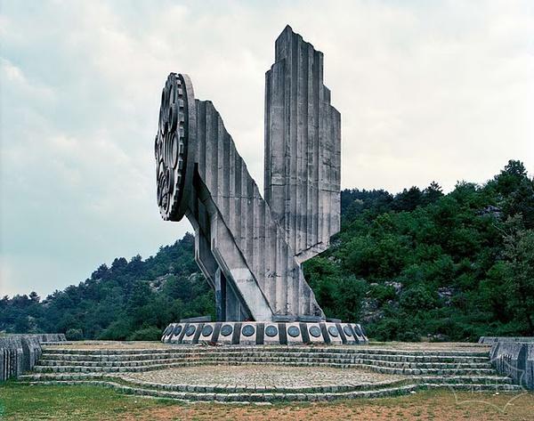 11个前南斯拉夫遗迹,好像来自未来