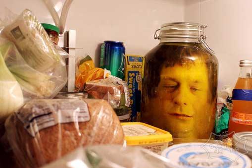 如何制作自己的头在一个罐子里的幻觉