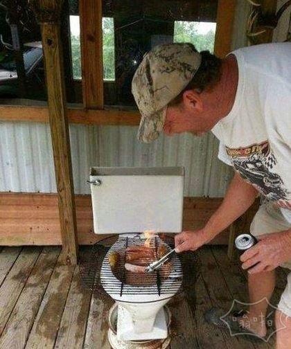 用马桶烤肉你吃得下吗