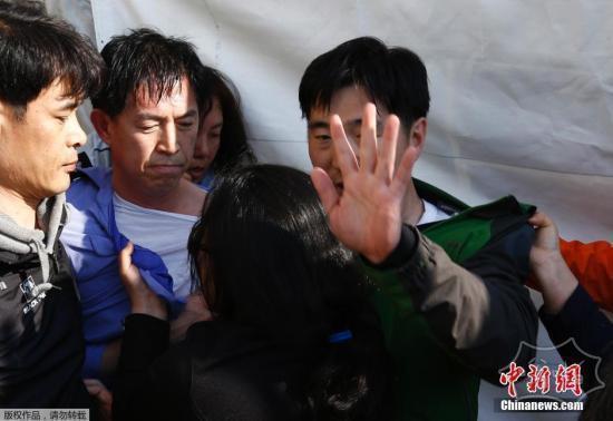 韩国总理郑烘原宣布辞职 因沉船救援饱受批评
