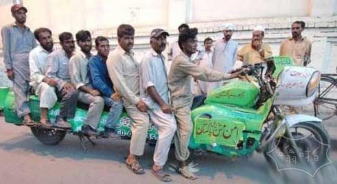 印度霸气加长摩托车,小伙伴们看呆了
