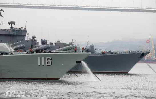 中俄将首在钓鱼岛西北海域军演 俄方派出巡洋舰
