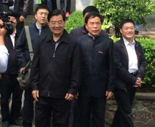 """胡景涛亮相挺习与第四个""""落马""""的正部级事件的政治联系"""