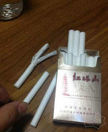 今天买了一包烟,尼玛,全是过滤嘴!