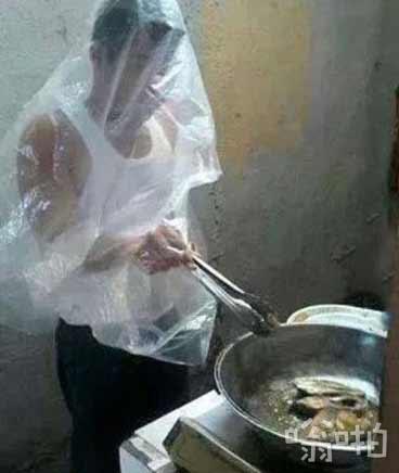 【搞笑图片】男人做饭