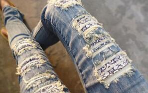"""中国好奶奶:时尚""""破洞裤""""被奶奶全补好"""