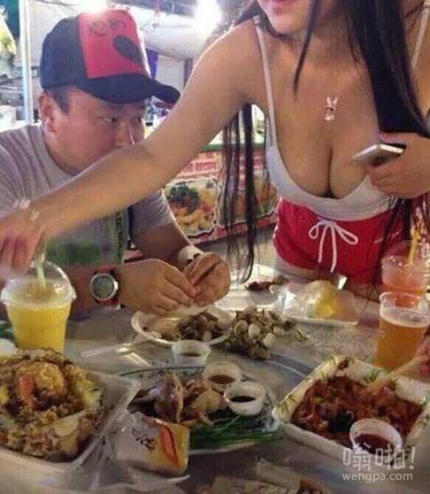 这店的海鲜很好吃