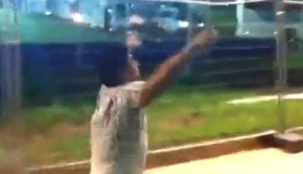 老马高歌嘲笑巴西1-7视频蹿红 点7份牛排全部吃光讽死敌