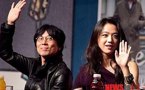 汤唯今日发布婚讯 与韩国导演金泰勇订婚 将于近期举行婚礼