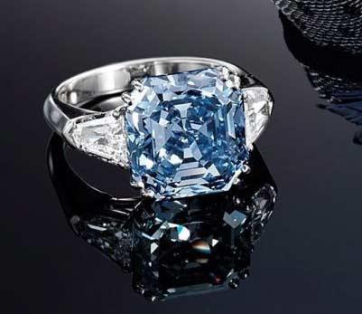 方形鲜彩蓝钻镶钻指环
