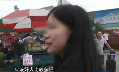 女大学生黑色八月:记者街头搭讪顺利拐走女学生(视频)