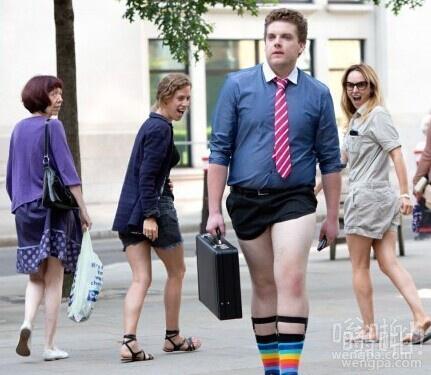 英国齐蛋小短裤:你一个大男人穿成这样真的好吗