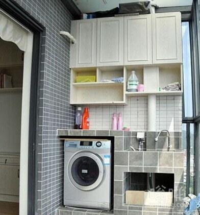 阳台变身洗衣房,从此再也不用躲在洗手间里洗衣服了!