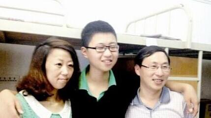 13岁神童读武汉大学 1岁看懂文言文,2岁看完四大名著