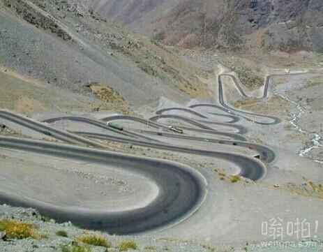 巴基斯坦吉尔吉特巴尔蒂斯坦的山路