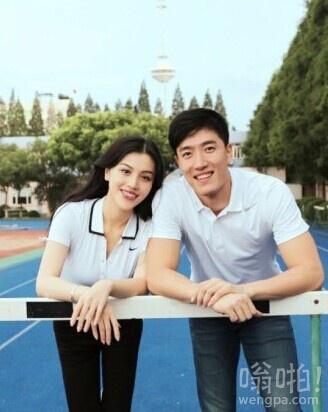 飞人刘翔微博公开女友照片 已领证
