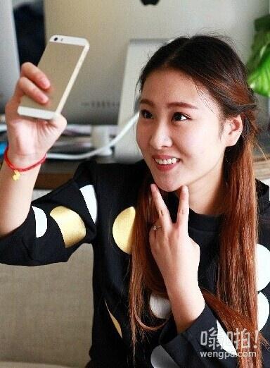 """太像张碧晨了:芜湖女孩撞脸""""好声音""""冠军张碧晨"""