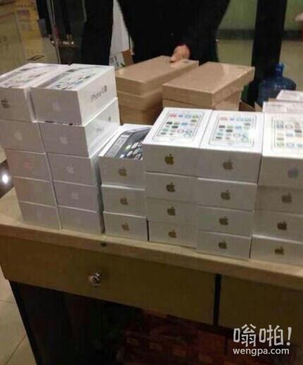 几多欢喜几多愁:iPhone 6暴跌 男子因囤货三天损失百万精神崩溃屋顶一跃而下