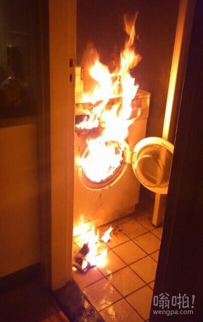 我跟朋友说的洗衣机着火了,朋友不信,我给它发了下面这张图片