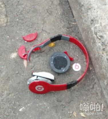 这耳机是易碎品么