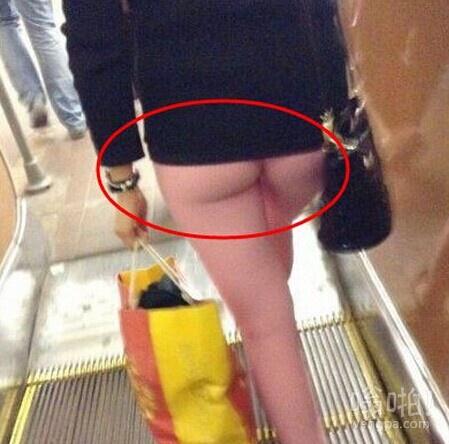 跟了好久,还以为没穿裤子!