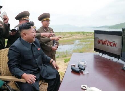 金正恩观看电影《刺杀金正恩》