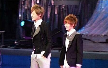 郭敬明和正常男性的身高对比图