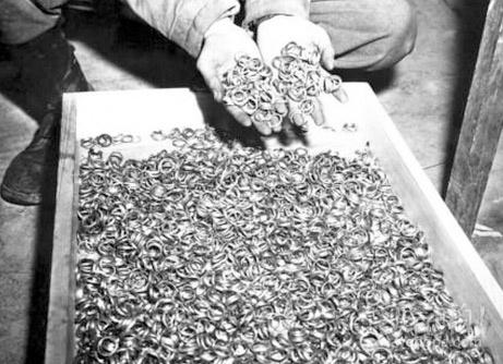 大屠杀受害者的结婚戒指