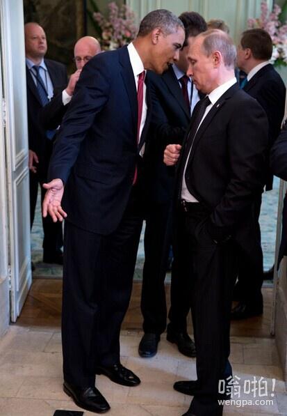我不知道他在对普京说什么…