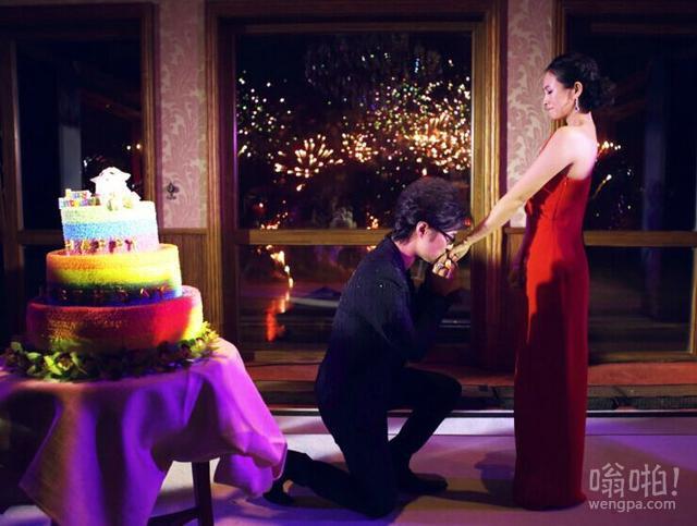 汪峰求婚成功:汪峰上头条了 汪峰求婚章子怡成功 章子怡含泪:我愿意