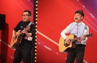 《出彩中国人》狱警组合 狱警程楚喻与昔日犯人吉他合唱_视频
