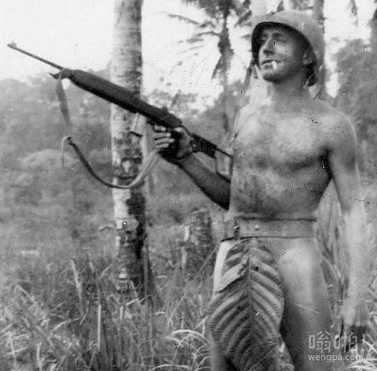 二战时美海军陆战队在太平洋岛屿