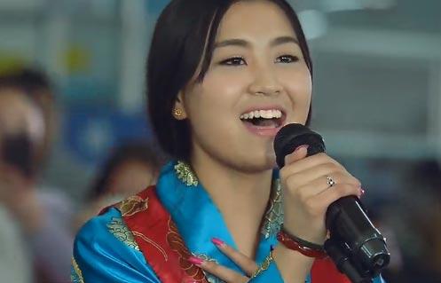藏语美女喜欢你:青海大学更桑卓玛接棒西藏大学继续【喜欢你】