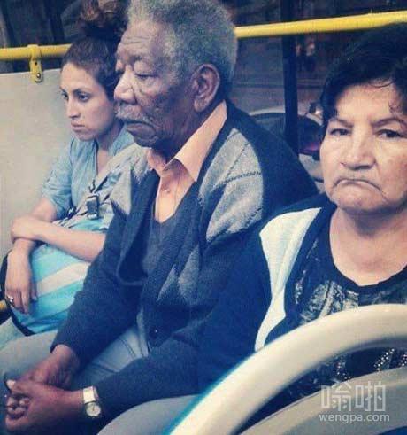 发现摩根·弗里曼在公交车上