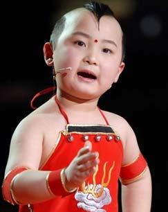 年画娃娃邓鸣贺去世年仅8岁 曾两次登上春晚舞台
