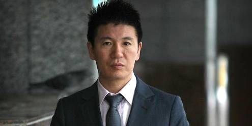 """中国伟哥之父被引渡回国 闫永明曾3亿收购壮阳药""""伟哥""""号称中国伟哥之父"""