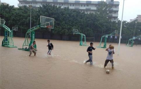 学校搞笑图片 今天打了一场酣畅淋漓的篮球