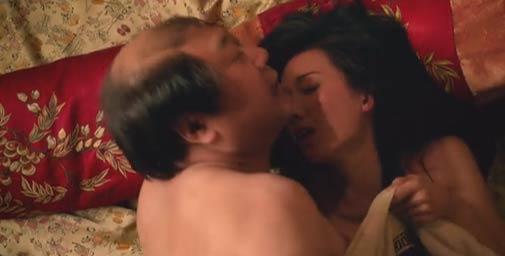 林志玲胸压范伟滚床单 表情抽搐大喊不要命