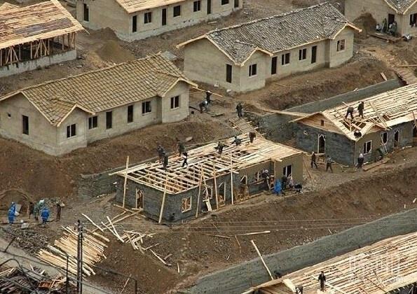 朝鲜人竟然这样盖房子 免费的房子 还想怎样
