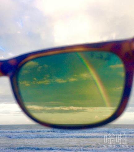 我的偏光太阳镜只能看到这种彩虹