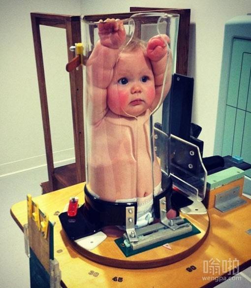 婴儿的X射线检查看起来很搞笑