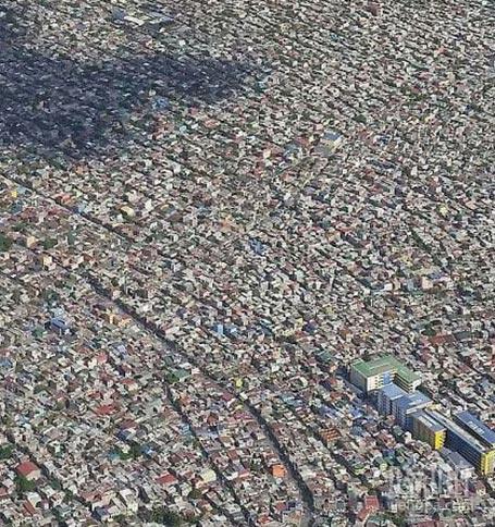 在这找到你的房子相当容易。菲律宾马尼拉