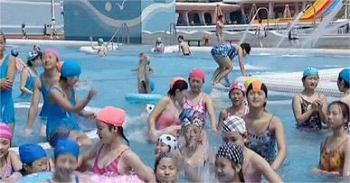 原来朝鲜也有泳装美女