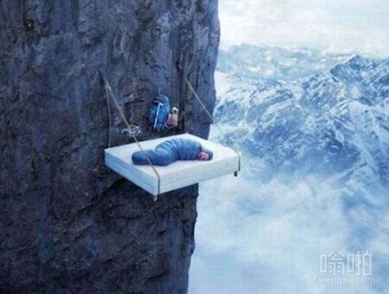 这床垫子怎么弄上去的