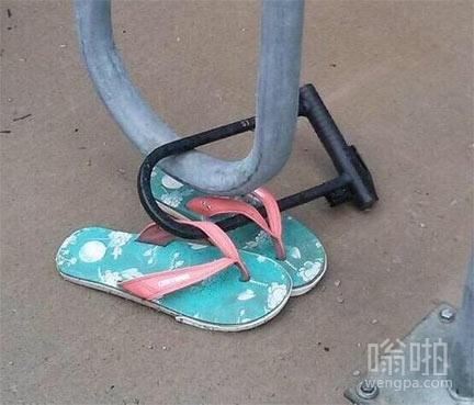 我很喜欢这双拖鞋