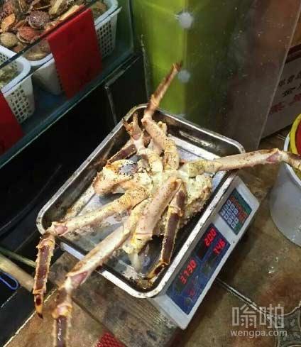 店家称重之前直接把螃蟹腿都拔掉
